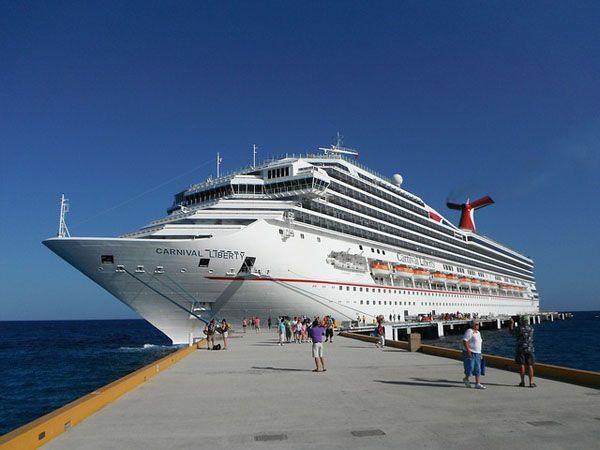Seguridad en las escalas de un crucero