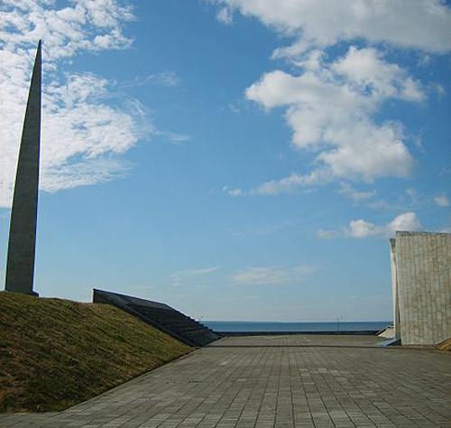 Tallin. Monumento a la Guerra