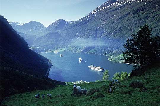 Imagen de los fiordos Noruegos